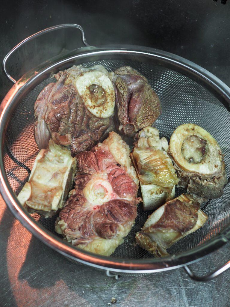 Pho Bo Rezept Fleisch erneut aufsetzen
