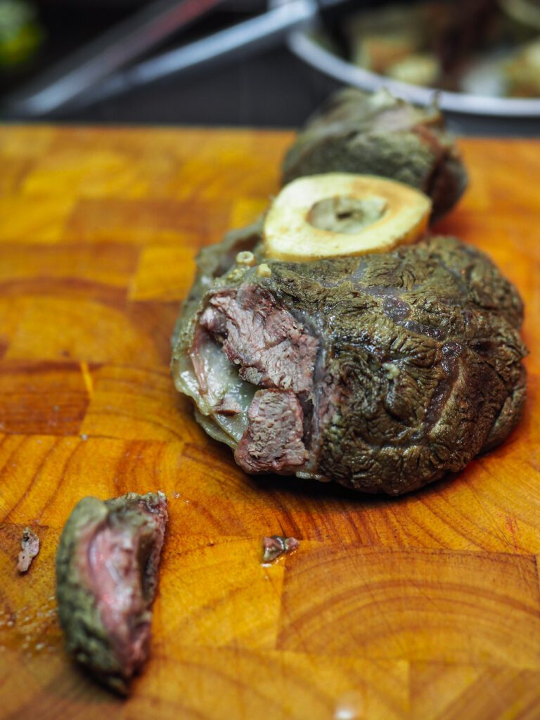 Pho Bo Rezept - Fleisch kleinschneiden