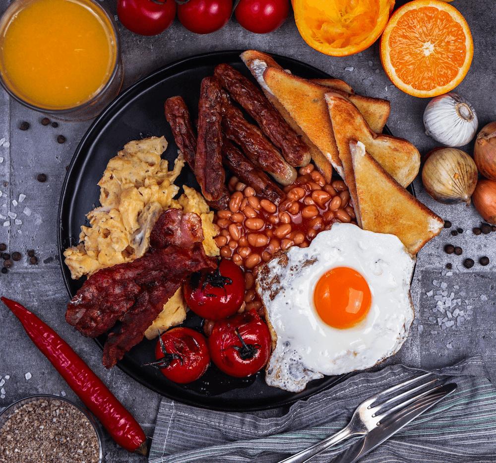Full English Breakfast, deftiges Frühstück