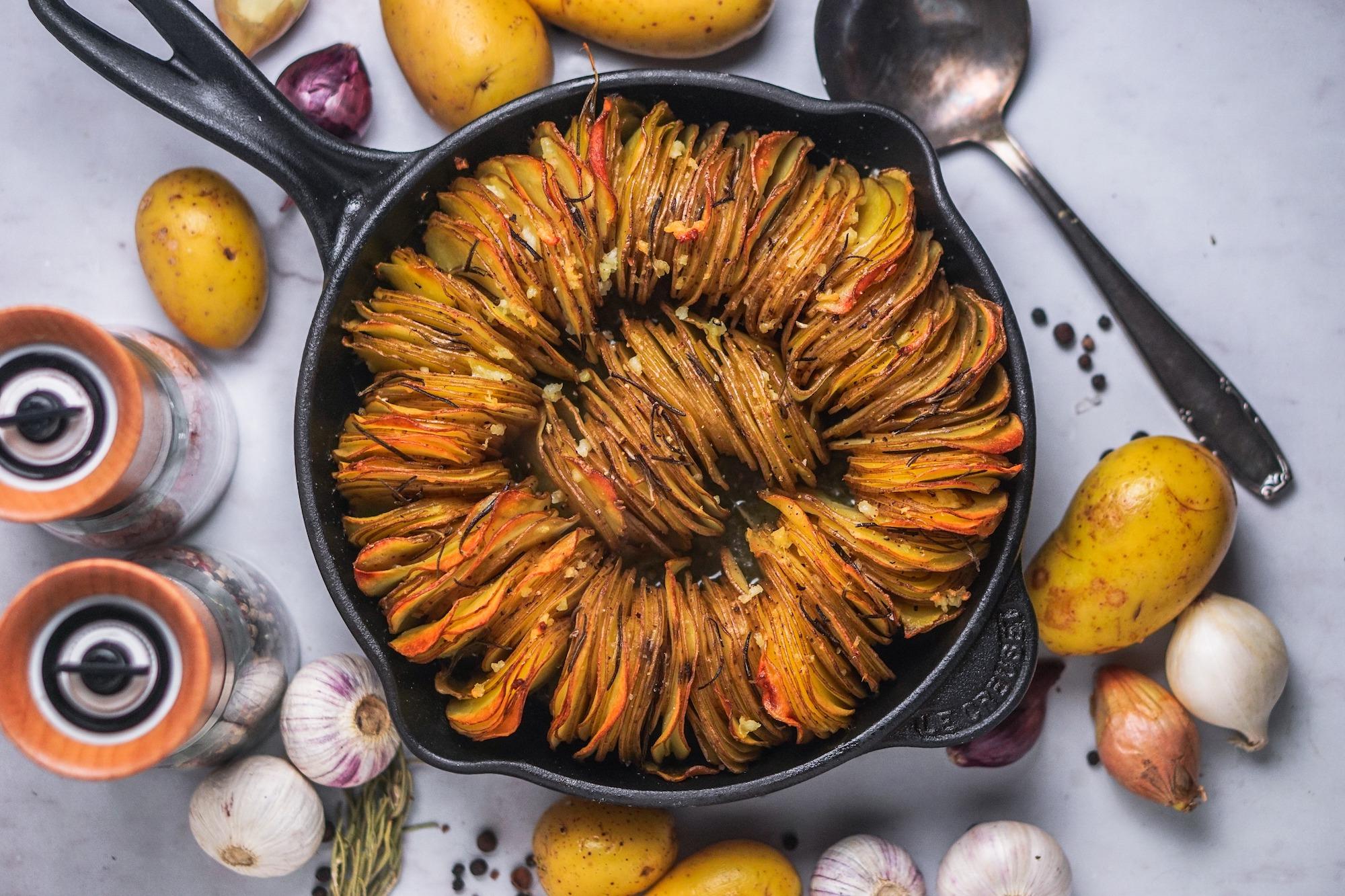 Knuspriger Kartoffelgratin mit Rosmarin und Knoblauch Guide