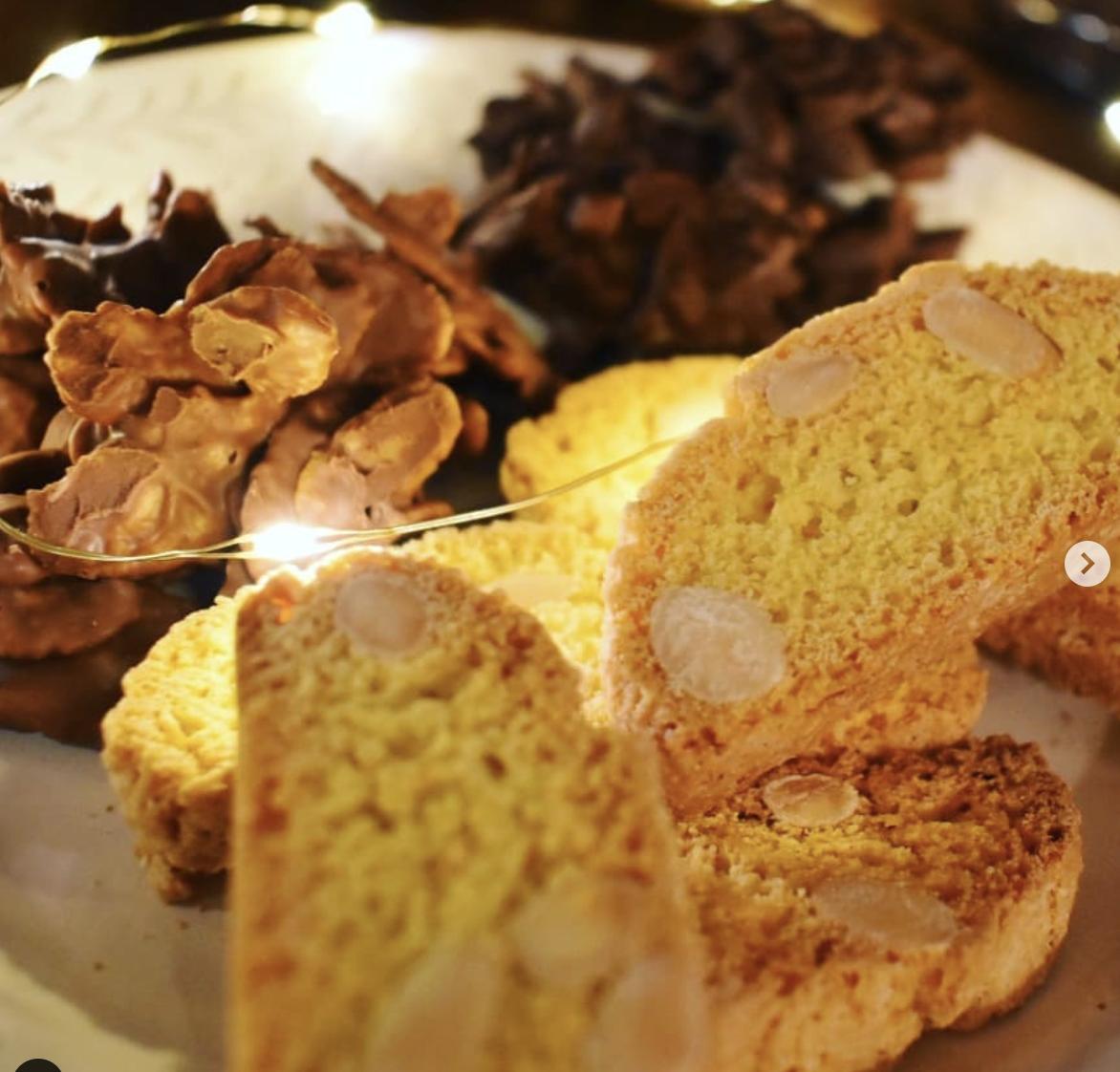 Schoko Mandelsplitter & Crossies sowie knusprige Cantuccini