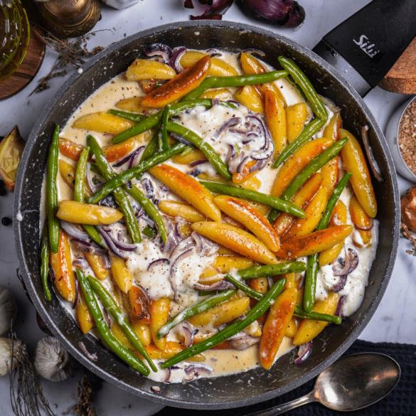 Schupfnudeln mit grünen Bohnen und Mozzarella